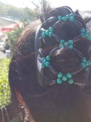 Заколка для волос African Butterfly Ndbele 003 на коричневом гребне