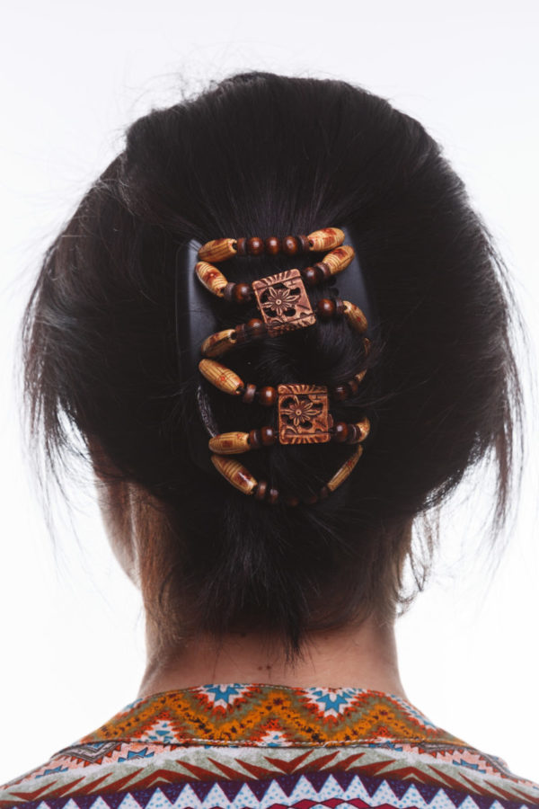 Заколки для волос купить в интернет магазине African Butterfly Dupla 008 на коричневом гребне для шатенок