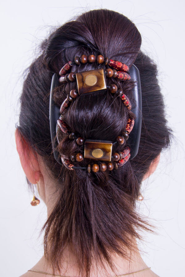 Заколки для длинных волос интернет-магазин African Butterfly Stones&Bones 001 на черном гребне.